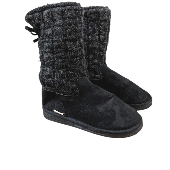 Mukluks Skylar Faux Fur Lined Cable Sweater Boots